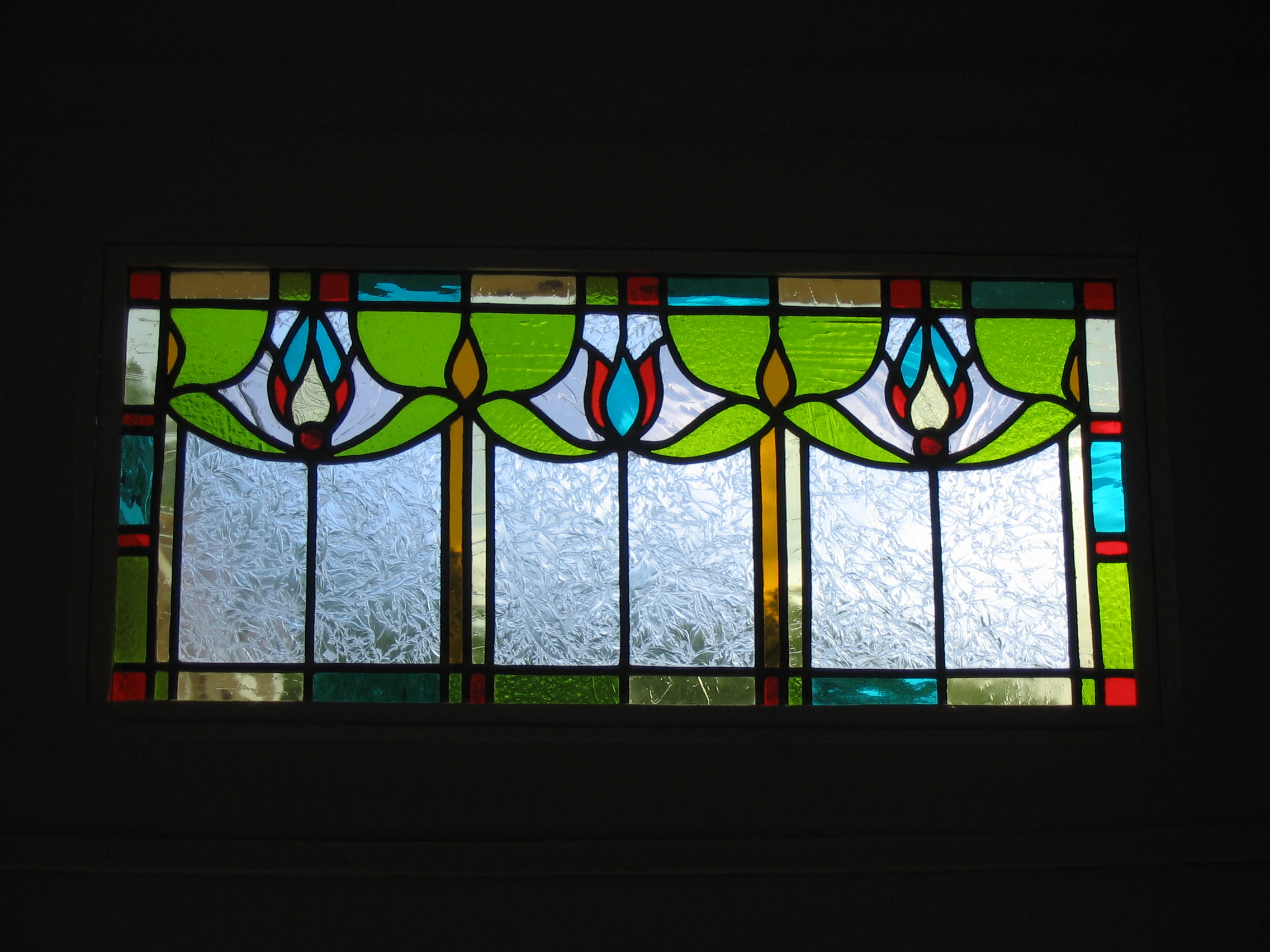 Fen tres en vitrail on pinterest stained glass stained for Decoration fenetre vitrail